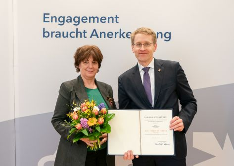 Bundesverdienstkreuz für Andrea Krull vom Verein Eierstockkrebs Deutschland