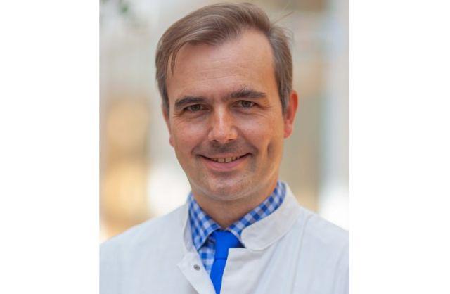Prof. F. Ziemssen leitet die Leipziger Universitäts-Augenklinik