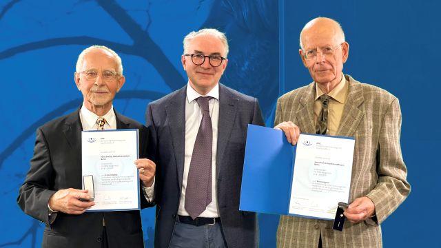 DOG: Zwei neue Ehrenmitglieder ernannt